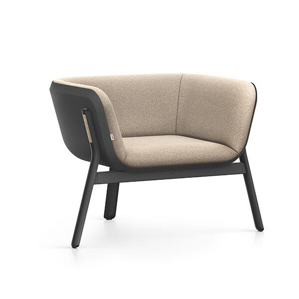 Interstuhl Hub Loungestoel laag | Yield Projecten B.V.